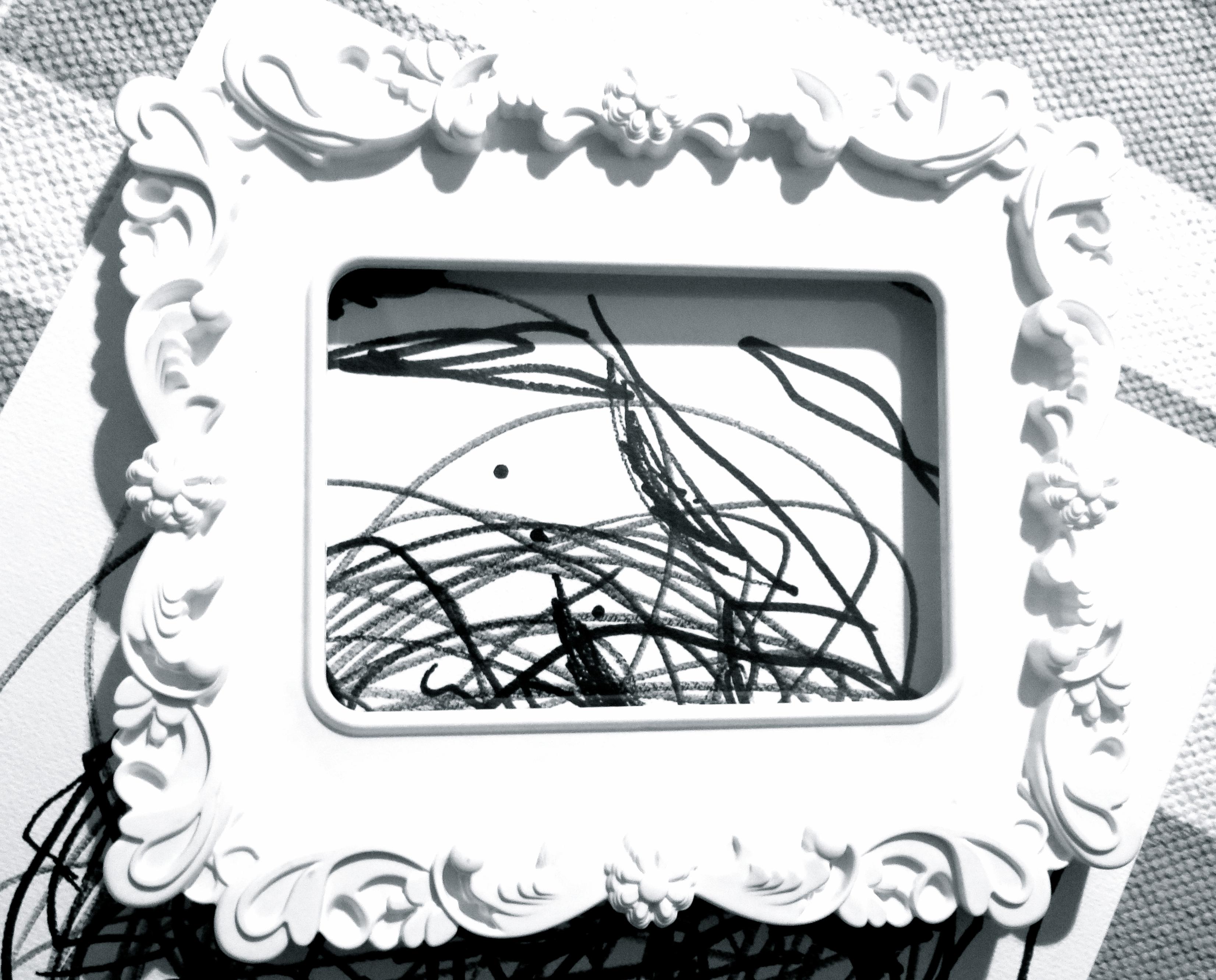Monochrome Kinderkunst - 107qm-schwarz auf weiß