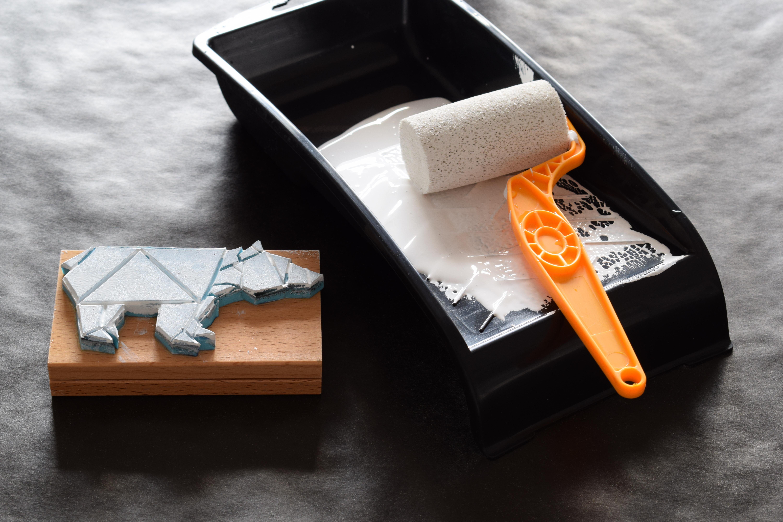 diy geschenkpapier der b r ist los 107qm schwarz auf wei. Black Bedroom Furniture Sets. Home Design Ideas